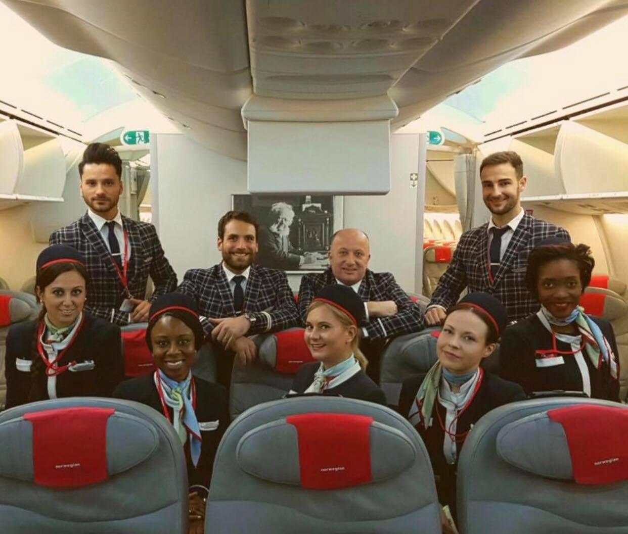 a typical day for a cabin crew on a long haul flight essay Base: norwegian long haul fleet are based out of london gatwick cabin crew assessment day ebook norwegian cabin crew requirements.